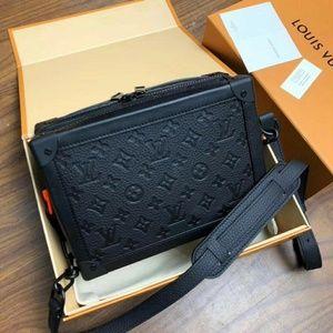 Louis Vuitton Box bags Check description